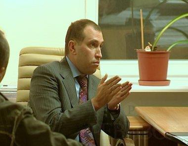 Альперин добивается через суд снятия санкций и возвращения украинского паспорта