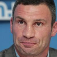 В последнюю осень: почему Банковая не слезет с Кличко