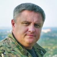 СМИ связали зама Кличко Крищенко с захватом дамб и причалов в Киеве. Он обратился в НАБУ