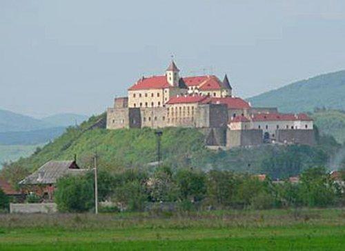 Высокий замок Закарпатье