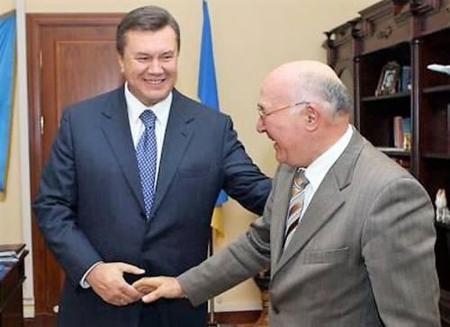 Янукович Стельмах