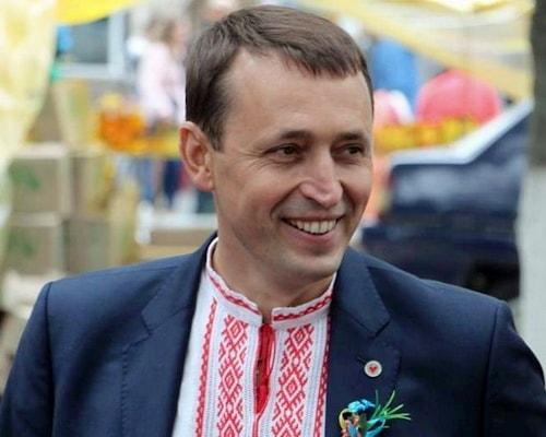 Валерий Дубиль, Олег Аверьянов, досье, биография, компромат