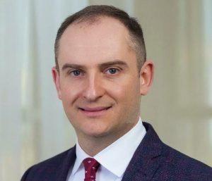 Суд наложил арест на имущество экс-главы ГНС Верланова, - СМИ