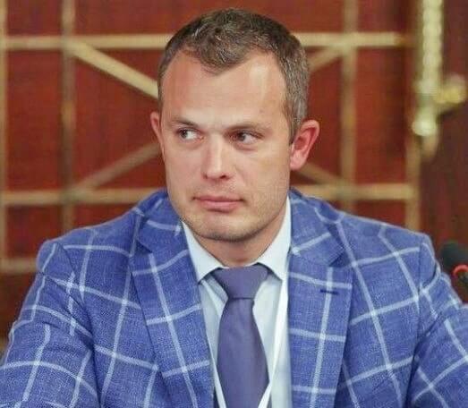 Игорь Тынный, Сенниченко