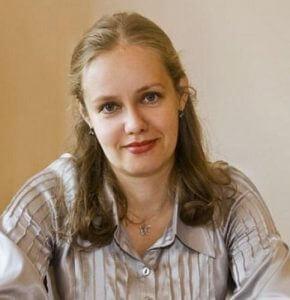 Марина Бессонова, Старух