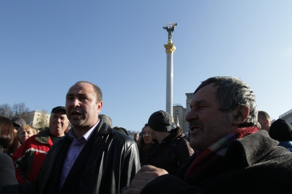 Владимир Омельчук говорит, что по- могает СБУ бороться с оппозицией