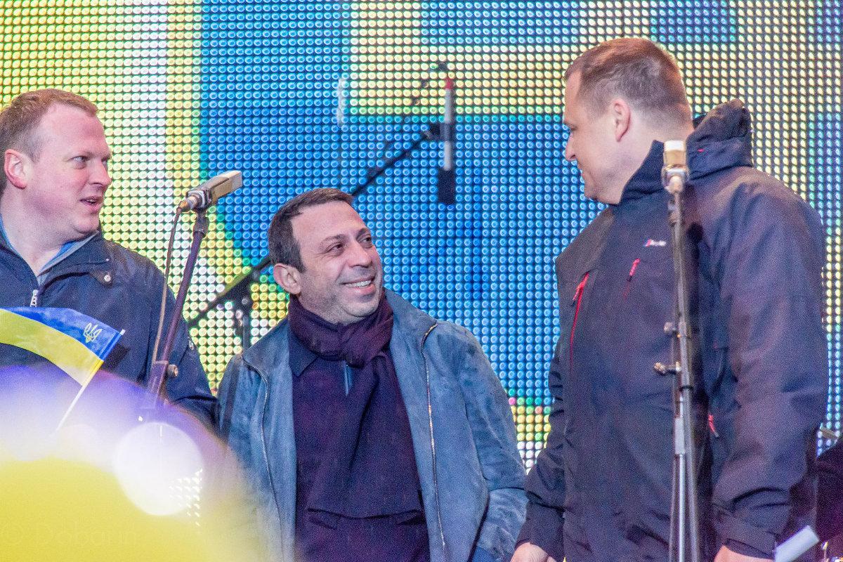 Святослава Олийныка (слева) также называют одним из вероятных лидеров новой партии