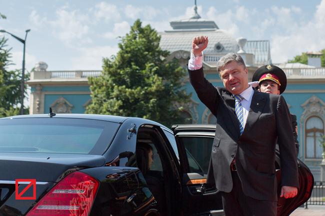Кто и когда придумал президентскую стратегию Порошенко и была ли роль Фирташа в его победе