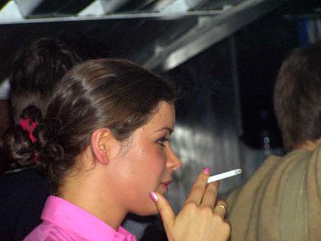 Гайдар курит