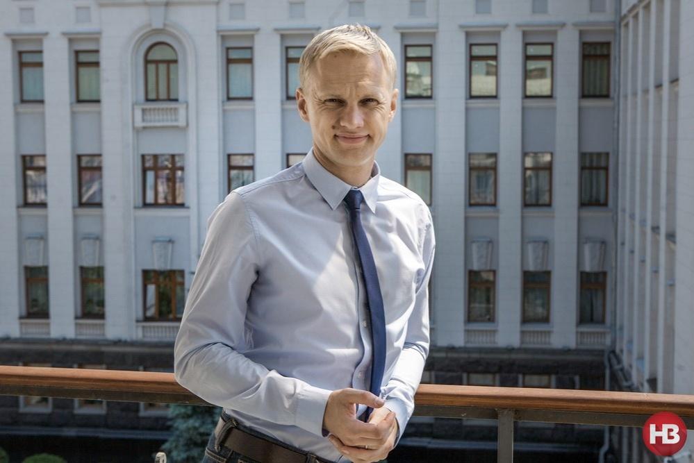 Глава Центра противодействия коррупции Виталий Шабунин внимательно следит за бизнесом президента в Украине