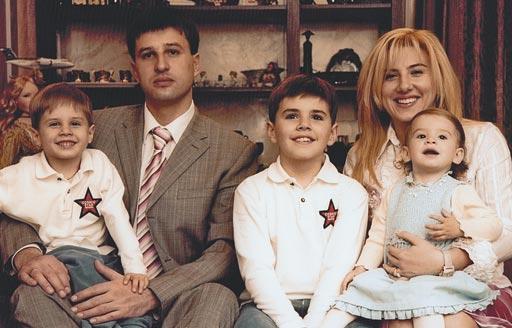Сімейне фото родини Нечипоренків-Орєхових