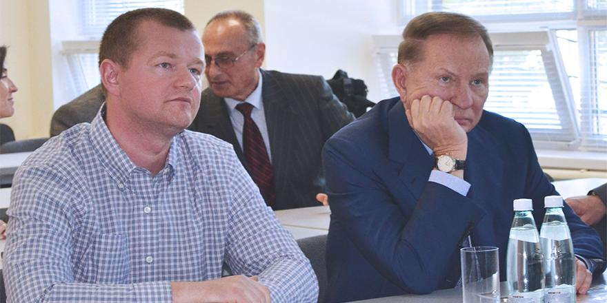 Максим Поляков и Леонид Кучма в Noosphere ventures. Фото: пресс-служба Noosphere ventures