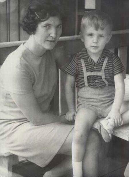 Нестор Шуфрич со своей мамой Марией Петровной