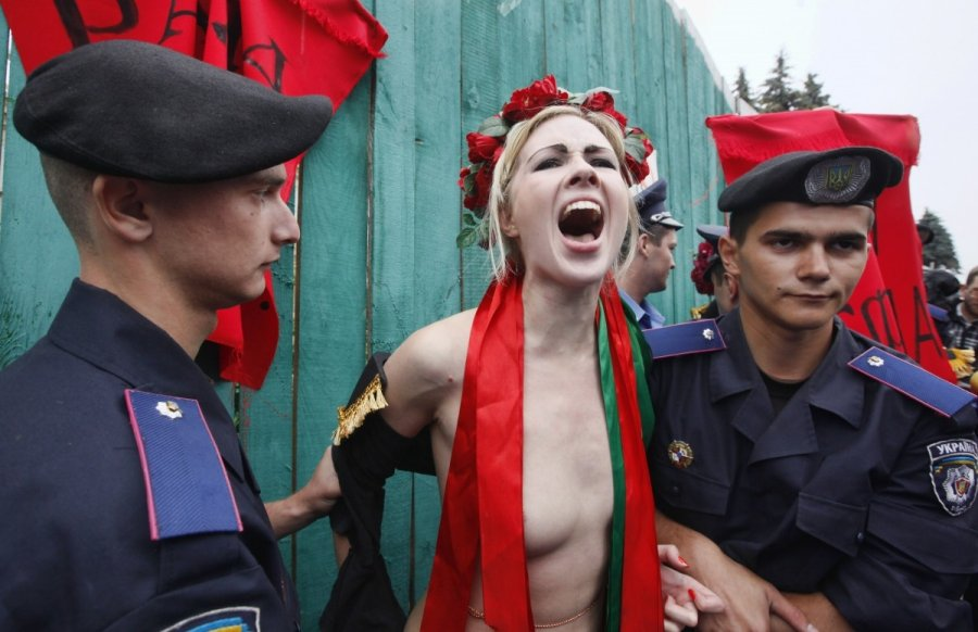 Александра Шевченко: лидер «Femen» и подружка Нестора Шуфрича