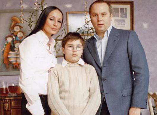 Нестор с Натальей и сыном Нестором, 2008 год
