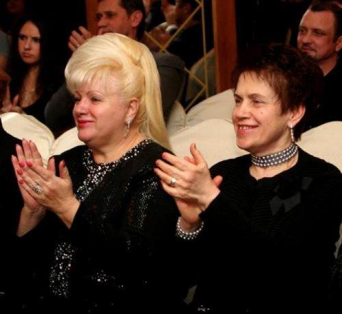 Ольга Пшонка и Людмила Янукович