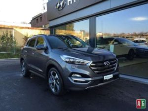 Hyundai-Tucson-2.0-CRDi-Top-AT-300x225