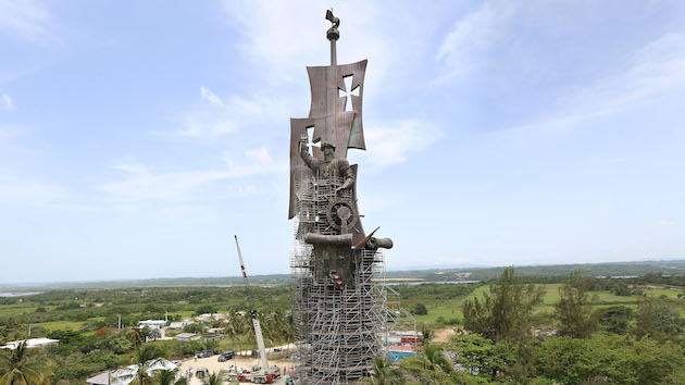 'Birth of a New World' sculpture by Russian artist Zurab Tsereteli 'Birth of a New World' sculpture by Russian artist Zurab Tsereteli, Arecibo, Puerto Rico - 14 Jun 2016 Weighing in at over 6,500 tons and towering at 268ft high - double the height of Rio de Janeiro's Christ the Redeemer - 'Birth of a New World' by leading Russian artist Zurab Tsereteli, an awe-inspiring modern day colossus, was yesterday presented to the world in Arecibo, Puerto Rico. Created as a monument to mark the 500th anniversary of Christopher Columbus' expedition to the Americas, the sculpture has been three years in production. Facts and figures about Birth of a New World: 268ft tall, 6,500 tons, 2,500 pieces of bronze and steel manufactured in Russia, 110,000+ man hours to assemble with a process that started in Arecibo, Puerto Rico in December 2013. Bronze cast in 3 different foundries, including the oldest continuously operating foundry in the world which dates from the 18th century and the reign of Catherine the Great. The sculpture has taken more than 25 years from conception to completion (Rex Features via AP Images)