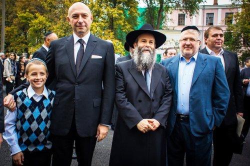 Г. Боголюбов, Ш. Каминецкий и И. Коломойский