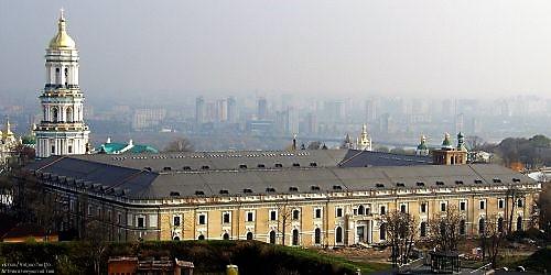 «Мистецькій Арсенал» 20 гектар в самом центре Киева