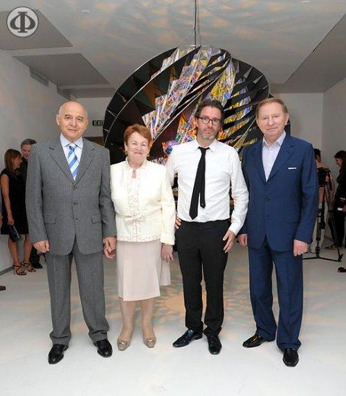 Михаил Аронович и Софа Иосифовна Пинчуки (слева)