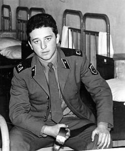 Александр Фельдман на службе в армии1