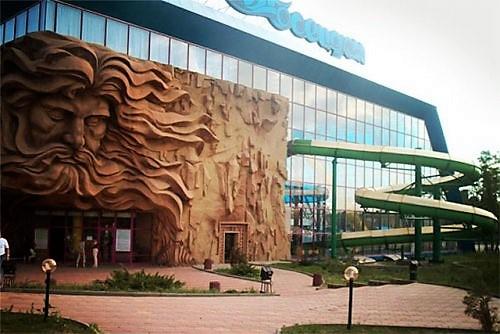 Аквапарк Посейдон - крытый водный комплекс в Чабанке. Один из крупнейших крытых комплексов в Восточной Европе