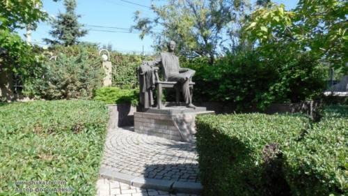 Климец памятник