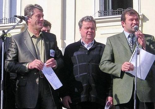 Ющенко, Плющ, Балога в Мукачево